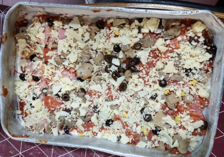 HOJE FOI DIA DE PIZZA